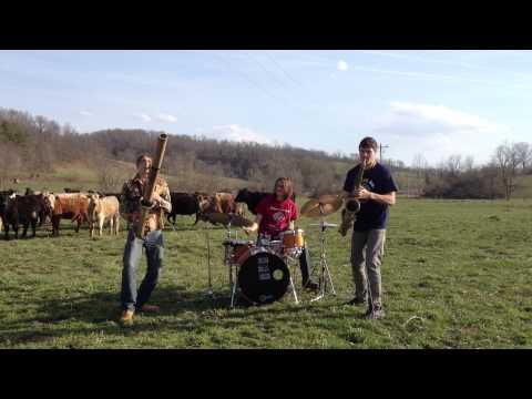 Moon Hooch - Cattle Dance Party